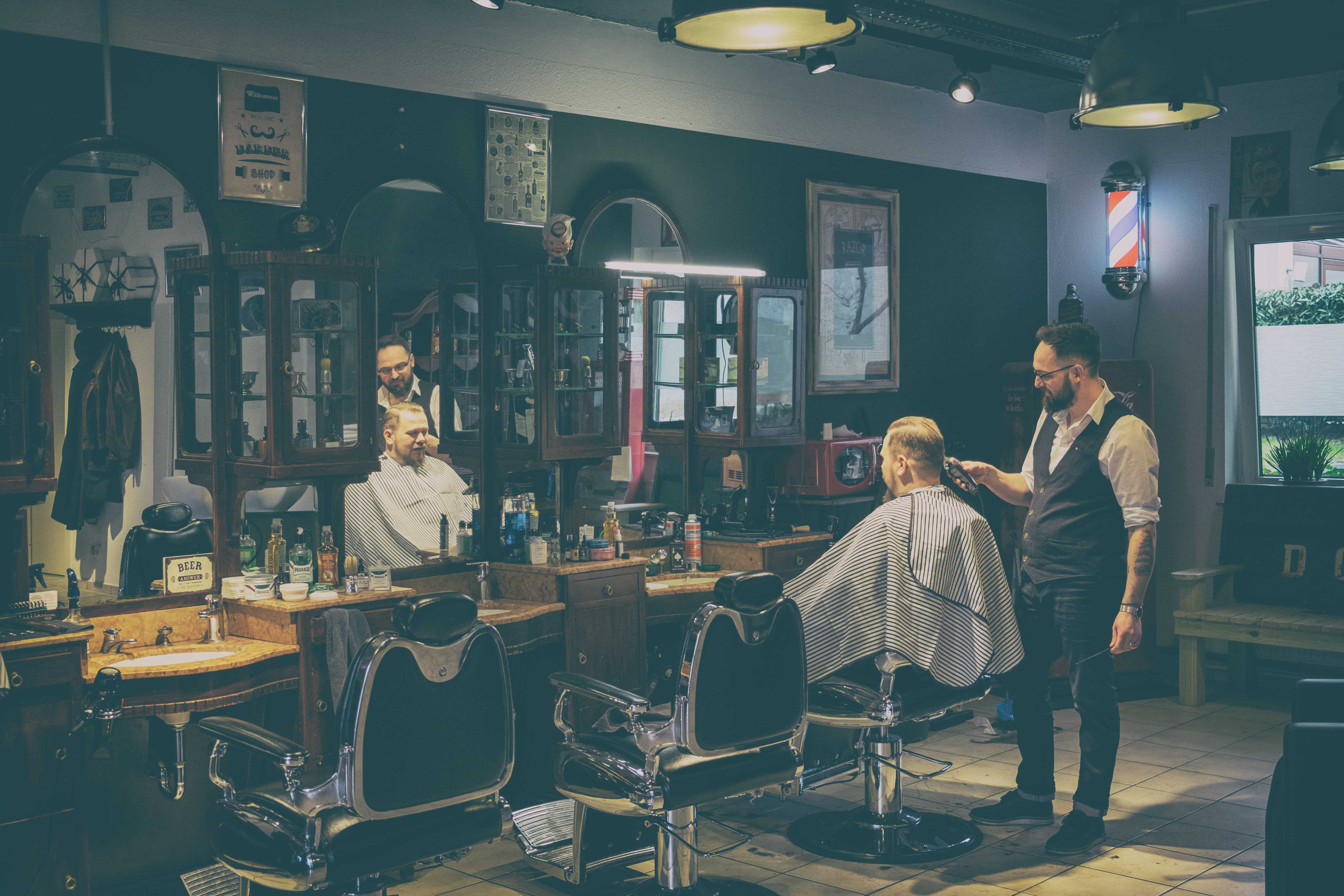 Inglorious Barbers - analog var-3-45