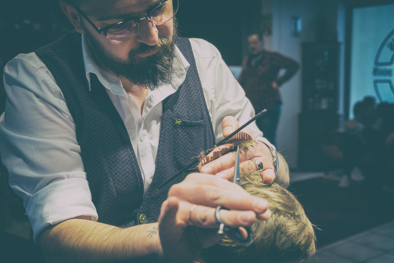 Inglorious Barbers - analog var-3-6