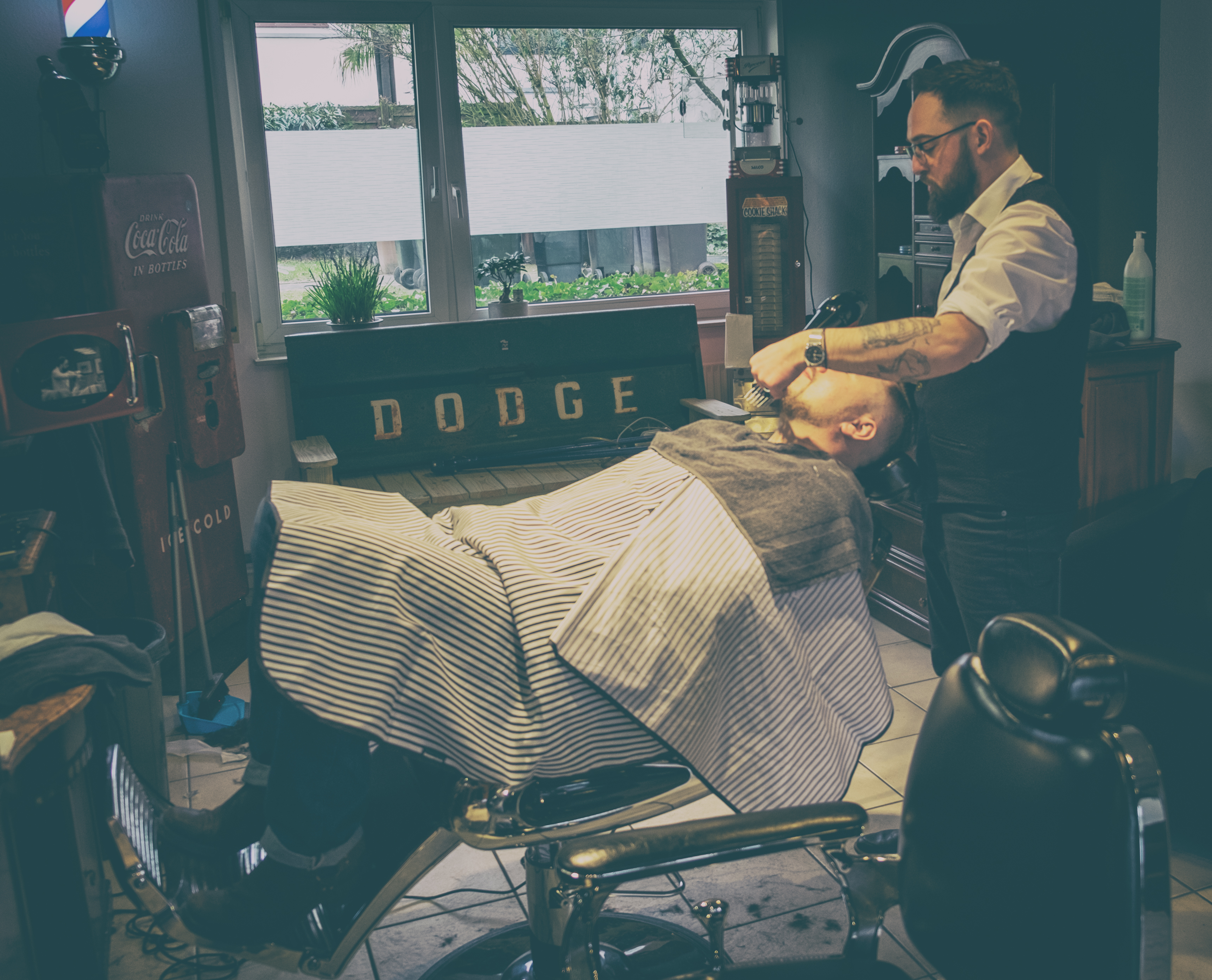 Inglorious Barbers - analog var-3-61