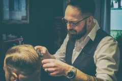 Inglorious Barbers - analog var-3-48